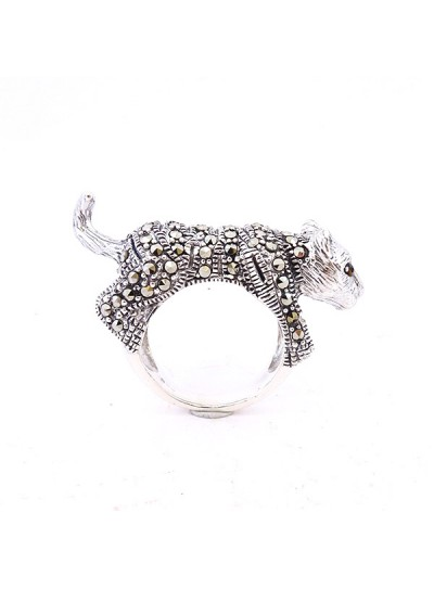 925 STERLING SILVER WITH SWISS MARCASITE RING Jewelry